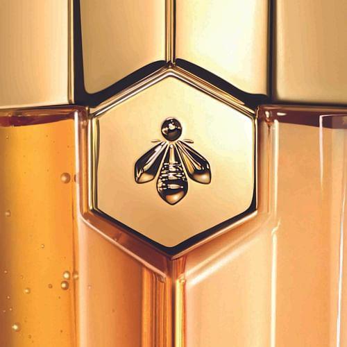 Branding packaging Abeille Royale pour Guerlain - Création de site internet