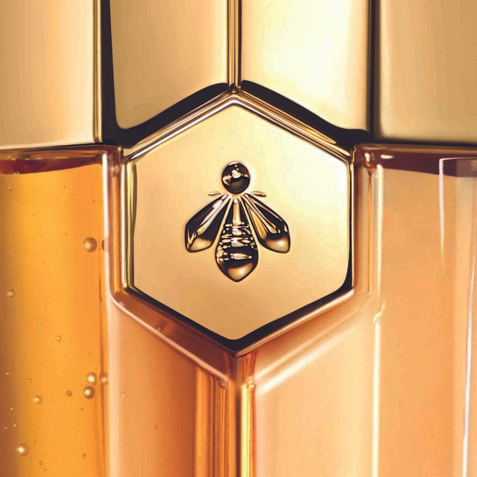 Branding packaging Abeille Royale pour Guerlain