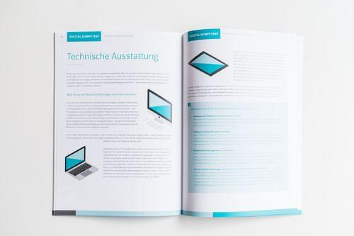 Digital kompetent! – Editorial Design / Corpora... - Grafikdesign