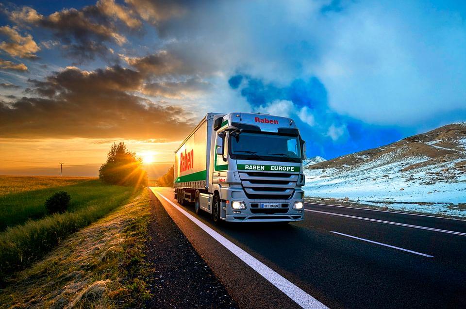 B2B media communications for Raben Logistics