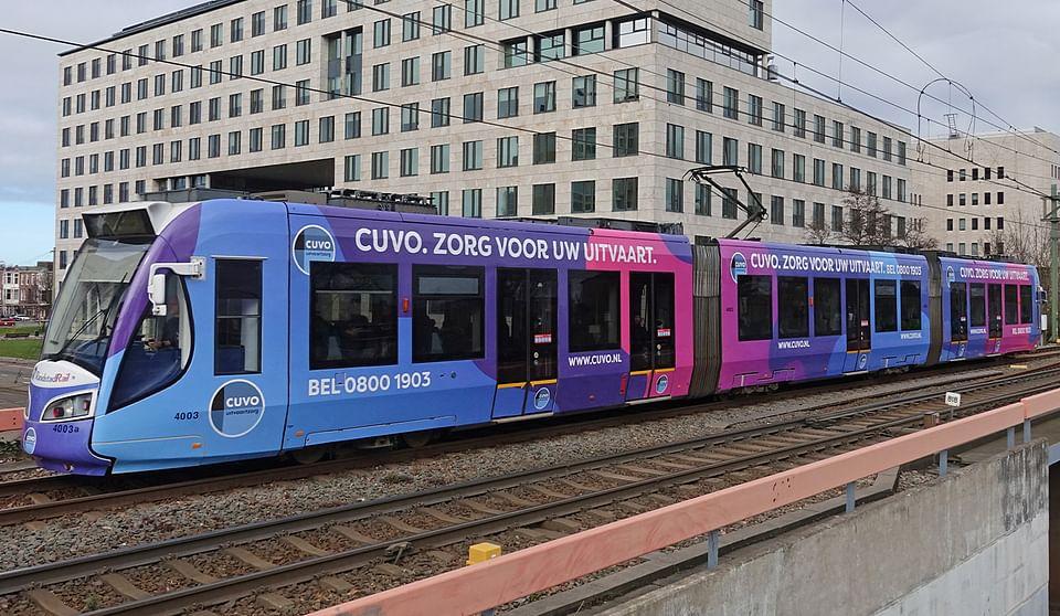 Tramreclame CUVO Uitvaartzorg