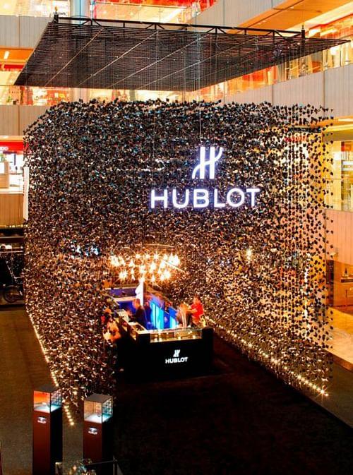 Hublot Pop-Up Store, 6 - Advertising