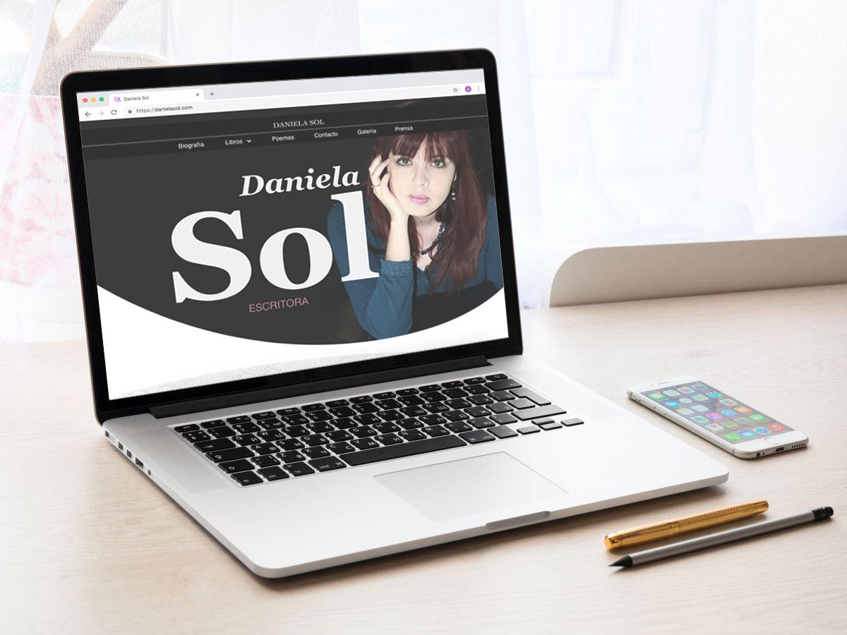 Diseño Web para la escritora Daniela Sol