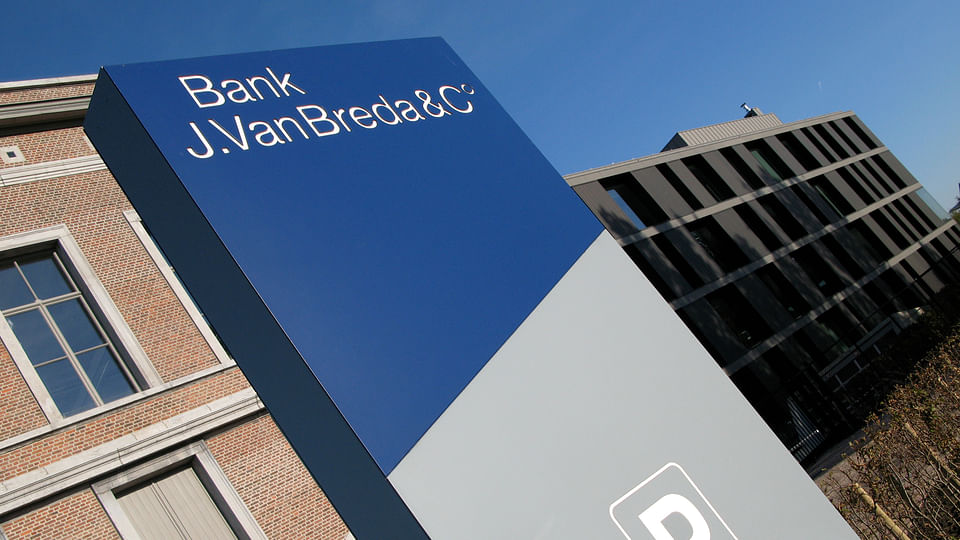 Bank J.Van Breda & C° Corporate Identity