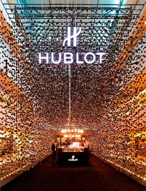 Hublot Pop-Up Store, 5 - Advertising