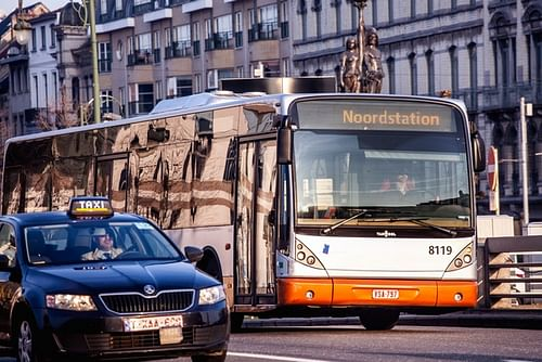 Improving efficiency of public transport - Data Consulting