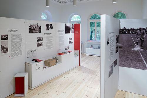 Ausstellung Nationalsozialismus und Nachkriegszeit - Markenbildung & Positionierung