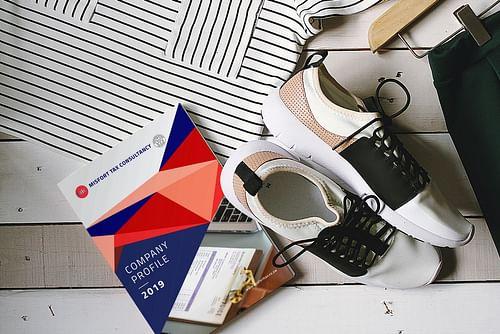 Company Profile Design for Misfort Tax Consultancy - Graphic Design