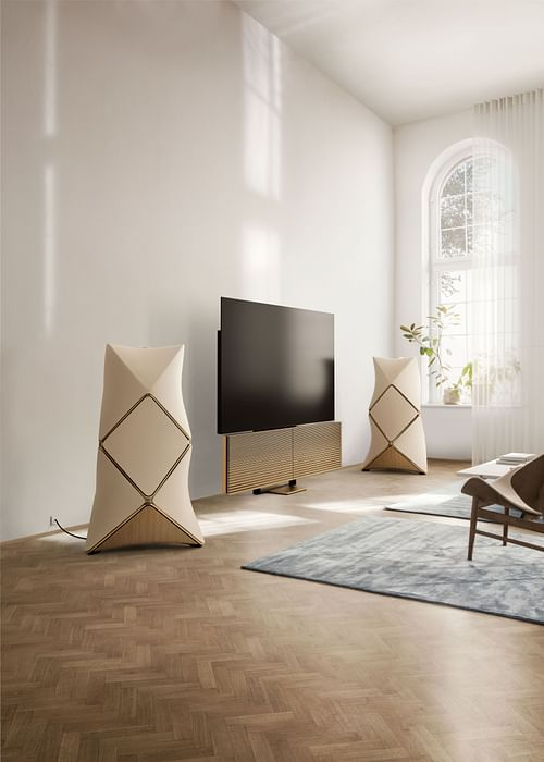 BANG & OLUFSEN 95TH ANNIVERSARY GOLDEN COLLECTION - Relations publiques (RP)
