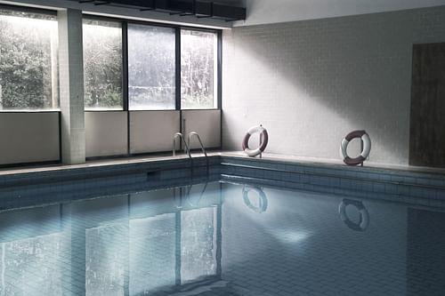 South Hiendley Private Pool - Copywriting